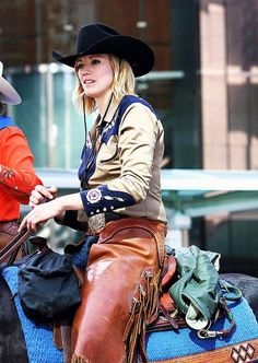 <3 Cowgirls ❦ Parade -top 10 pins by PaydayloansTURBO.com