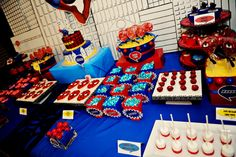 The Party Wall: Spiderman Birthday Party #spiderman #partyideas