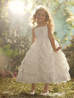 Disney Blossoms by Alfred Angelo Style #703 for your little Ariel. #AlfredAngelo www.alfredangelo.com