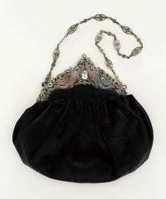omgthatdress:  Purse 1931 The Los Angeles County Museum of Art