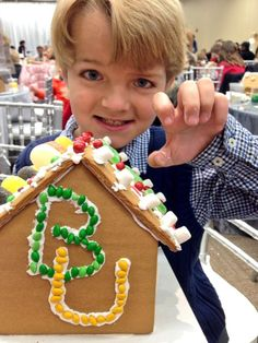 Love this #Baylor Proud gingerbread house! #SicEm (via JusticeWillett on Twitter)