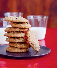 Jessica Seinfeld's Oatmeal, Maple, and Raisin cookie recipe (Jerry Seinfeld's fave!)