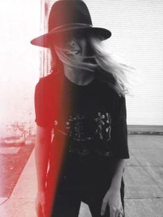 hats, black outfits, cloth, girls fun, janessa leon, black jeans, wear, rock style, style fashion