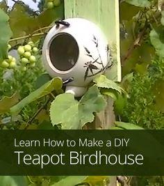 Teapot Birdhouse on Pinterest | Rustic Birdhouses, Birdhouses and ...