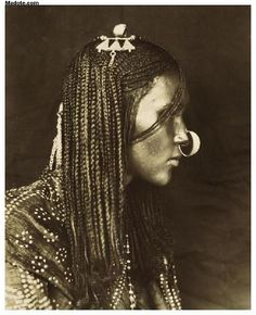 Eritrea - Eritrean Woman with nose ring by MassawaMan, via Flickr