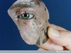 WWI tin mask for veterans with facial injuries    http://25.media.tumblr.com/tumblr_lt531pb3Rr1qjv2o3o2_500.jpg