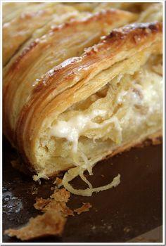 White Chocolate Cream Cheese Danish Braid with Tart Apples & Walnuts via @doughmesstic