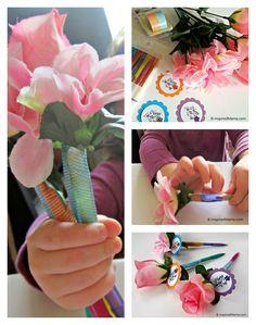 Help kids make a flower pen for Mom or Grandma for Mother's Day! B-InspiredMama.com