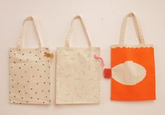 RIBBON TOTE BAG : AIUEO