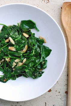 Toasted Garlic Spinach: A Fast & Easy Side Dish