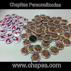 Chapitas personalizadas con dos diseños.