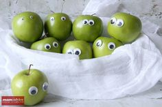Easy Googly Eyed Apples for Halloween from MomAdvice.com