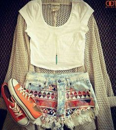 summer goal outfit: rock the crop top and high waisted shorts