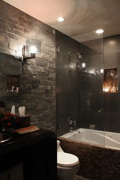 Love this wall~and the little cubby in shower