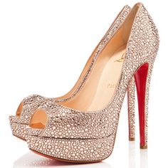 Christian Louboutin #skyhigh #sparkly #nude #neutral #peeptoes #redbottoms #shoes #heels #shoelove #stilettos #highheels #louboutins #highshoes