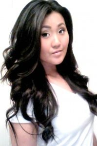How to curl your hair like a bombshell!  **shameless repin!! Thanks @Victoria McCoy McCann!!! ****