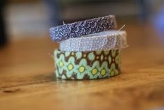 I have GOT to try these!!  Scrap Fabric Bracelets | Blue Cricket Design