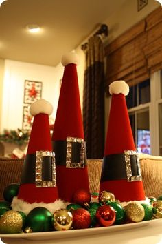 Styrofoam Santa hats... cute to do with the kids.