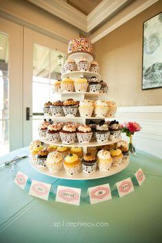 Wedding cupcake display Stephie Joy Photography : Jacksonville and St. Augustine Florida Wedding and Lifestyle Photography » Jacksonville and St. Augustine Florida ...