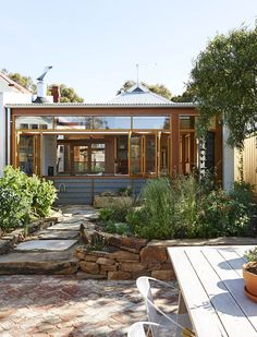 EmilyWright-garden