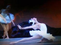THE KIROV BALLET ST.PETERSBURG dancing SWAN LAKE...... Primaballerina assoluta YULIA MAKHALINA