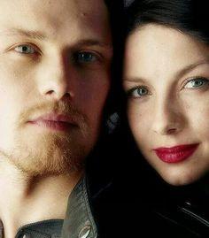 Caitriona Balfe & Sam Heughan (Claire Beauchamp Randall & Jamie Fraser) PUTA MERDA ESSA FOTO É DE MORRER