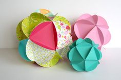 Paper Globes -- would look pretty hanging in a bunch