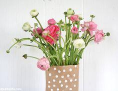 bag flower, paper bags, bag vase, papers, flowers, flower vase, diy paper
