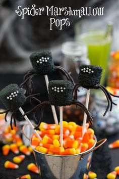 spider marshmallow pops