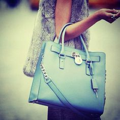 Designer handbags online store, large discount michael kors handbags cheap online.$66
