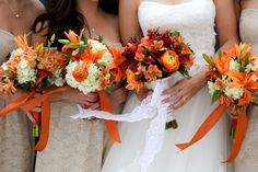 Perfect pop of color! #ArkansasBride #Florals