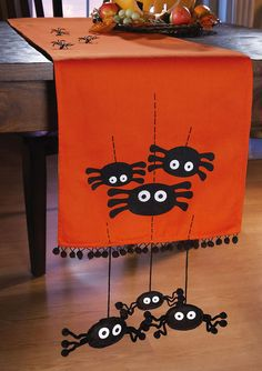 holiday, halloween parties, craft, orang, spiders, tabl runner, spider tabl, decorations, table runners