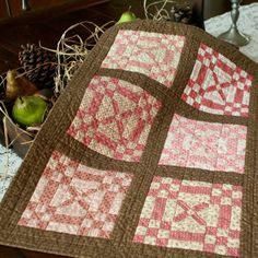 Petit Quilts a sweet quilt....