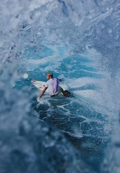 See right through the wave.. #surf #waves #ocean