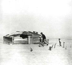 ARTHUR ROTHSTEIN. Dust Storm, Cimarron County, 1937.