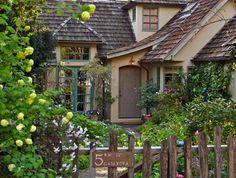 fenc, dream homes, cottage gardens, english cottag, fairy tales, cottages, hous, fairytal cottag, carmel