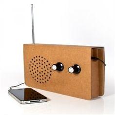 Cardboard MP3 speakers
