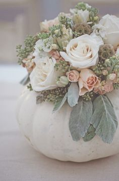 Beautiful fall flowers for a gorgeous fall wedding.