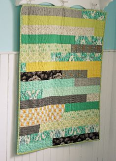 easy baby quilt. great for scraps