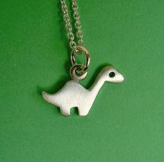 necklac tini, halloween necklac, brontosaurus, dinosaur halloween, halloween jewelry, dinosaur necklac, dinosaurs, necklaces, dino necklac