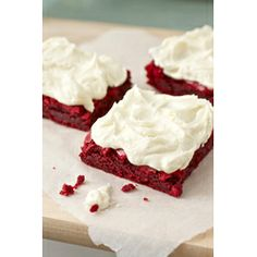 Red Velvet Brownies with White Chocolate Buttercream for #Valentines #day