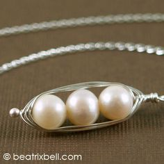 PeaPod Pearl Necklace