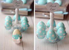 Huevos de Pascua de lunares/ Polka dot Easter Eggs