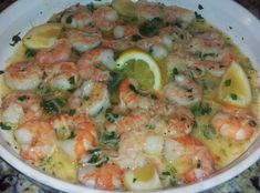 The Best Shrimp Scampi (Like Red Lobster)  1 bag large shrimp 31/40 (tails removed) 1 stick butter (salted) 1.5 teaspoon garlic powder 2 tablespoons fresh minced garlic 4 slices lemon 1.5 teaspoons garlic sea salt with parsley 3 tablespoons Italian parsley 4-6 turns of fresh ground black pepper 1/4 teaspoon red pepper flakes 1/4 cup fresh grated Parmesan Cheese Lemon for garnish cook, scampi recip, cups, butter, fabfoodi, best shrimp scampi, red lobster recipes, black, bags