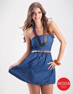 Un vestido de jean para estar al día con las tendencias.