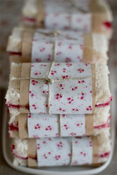 dressed up sandwiches with pretty paper