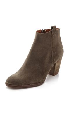 Madewell Mid Heel Boots in Oiled Suede