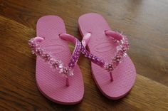 chinelos bordados - beaded slippers