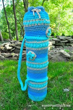 Yoga Mat Bag Crochet Pattern - so easy to make