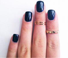 Gold midi rings <3
